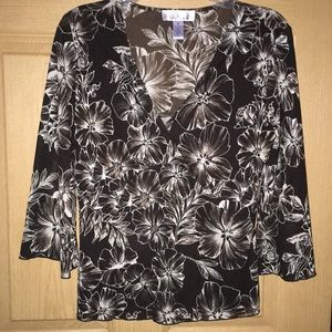 Nice brown floral mesh blouse. Size medium